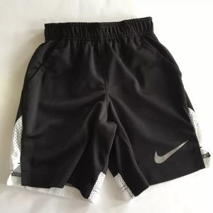 NWT Boys Nike Dri-fit Shorts Black White Size 4